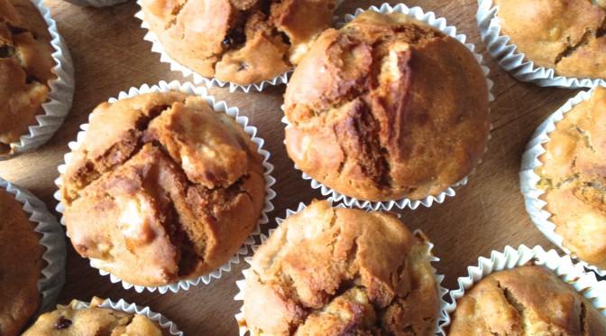 Muffiny jabłkowo – żurawinowe