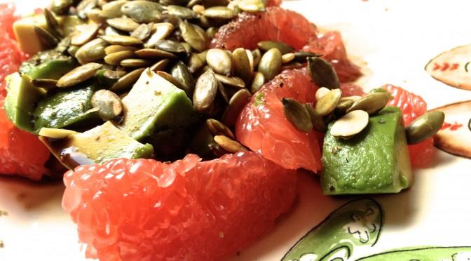Sałatka grejpfrut + awokado